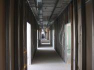 коридор из гипсокартона и металопрофиля